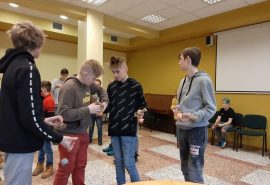 Talsu pamatskolas skolēni piedalās Kendama sacensībās